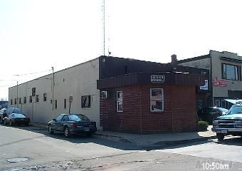 Prime Commercial Free Standing Building In Great Shape. Currently Used As A Warehouse. Zoned For A Variety Of Services Such As Auto Body Repair, Tire Shops And Other Related Repairs.