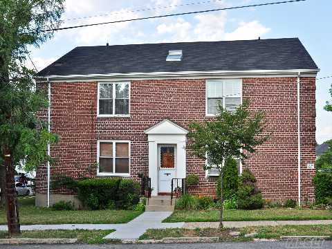Stunning Condition Full 2 Bedroom Upper Floor Corner Apartment. Hardwood Floors, Updated Bathroom And Kitchen With Stainless Still Appliances, Lots Of Closets.  Convenient Location! Sd#26 Ps159. Near Shops & Transportation.