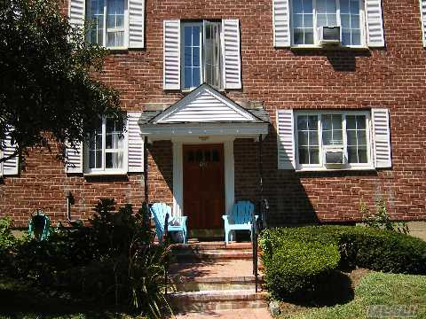 Huntington Village 1 Bdrm., 2nd Floor Co-Op Set Back Off Service Road. Newly Carpeted. Wood Floors Thru-Out. Move In Condition. Pool, Playground Laundry. Garages Avail. Close To Restaurants And Shops!!!