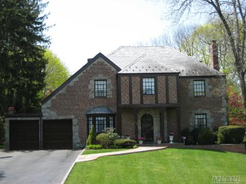 Gleaming Hdwd. Flrs. Thruout, All Just Painted, New Granite In Eik, Authentic Tudor W/4 Full Bedrooms On 2nd Flr., 2 Full Baths Addt'l Bdrm Or Den W/Full Bath On 1st Flr., Formal Lr/Dr, Eik, And Huge Bonus Room On The 1st Floor. Munsey Park School, Close To Americana & Pkwys. Beautiful Property & House, Won't Last.  Rich In Elegance, Charmed By Traditional Tudor Architect.
