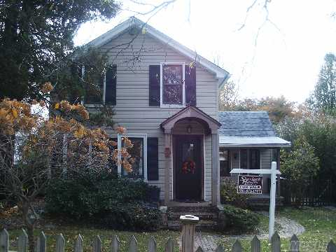 Start Here!  Adorable 2 Br Colonial Farmhouse With Huge Backyard, Country Eik, Fdr,Lr, Gleaming Hw Wide Plank Floors, Quiet Block, Deck, Shed, Steps To The Beach.